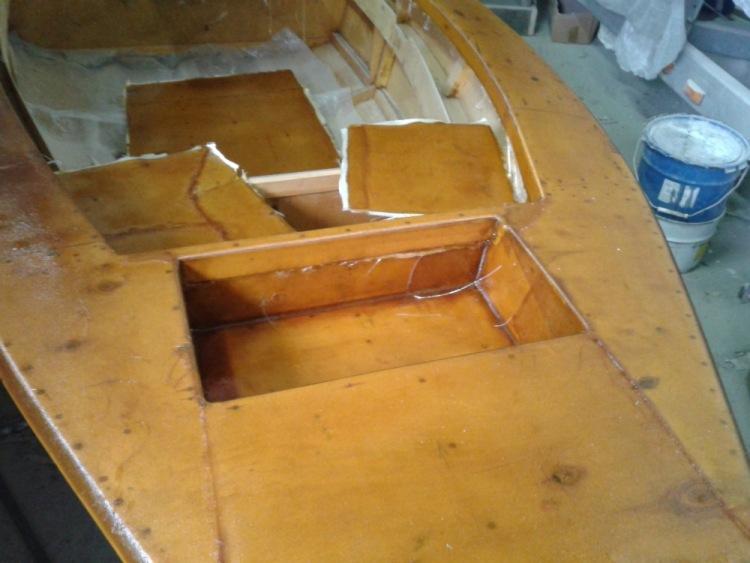 как оклеить лодку стеклопластиком