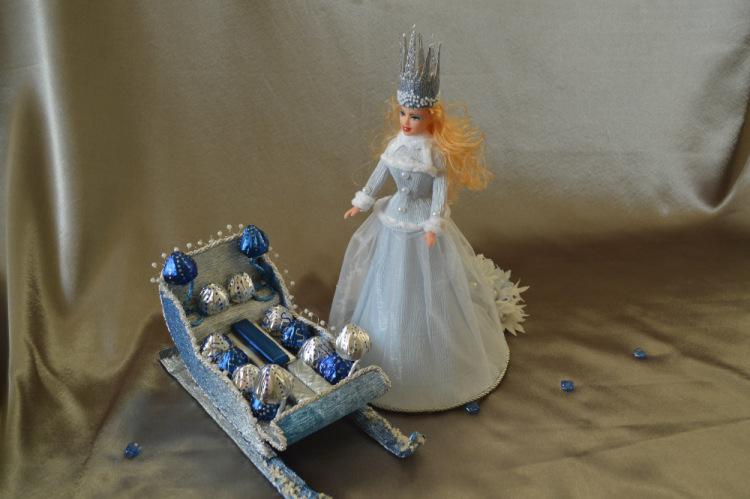 Сани для снежной королевы своими руками