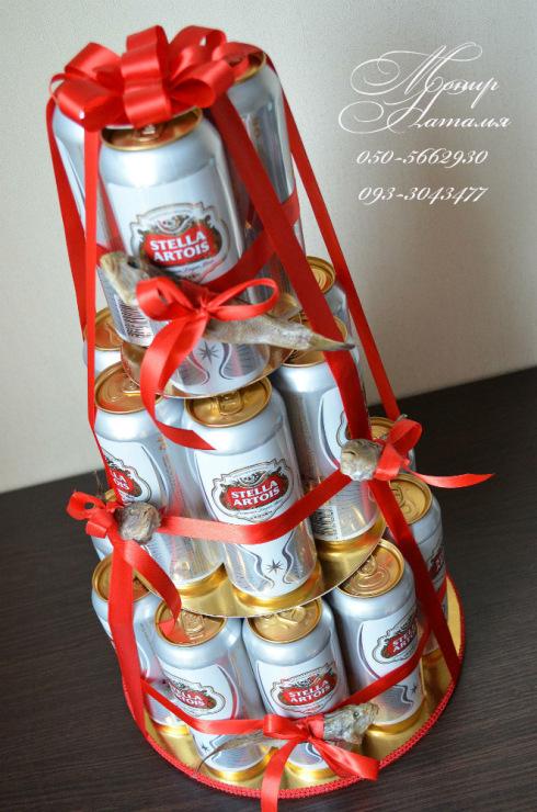Танк из банок пива в подарок мужчине на день защитника